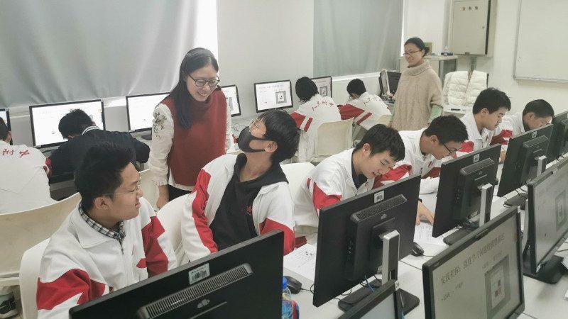 Image for 梁霄:从联培博士到人大附中教师,启蒙下一代中国计算机科学家